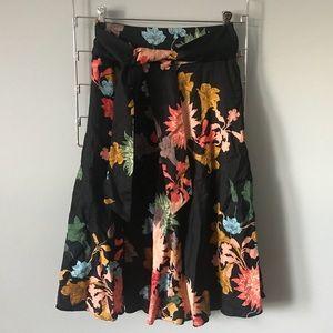 Zara Floral Midi Skirt 🌻
